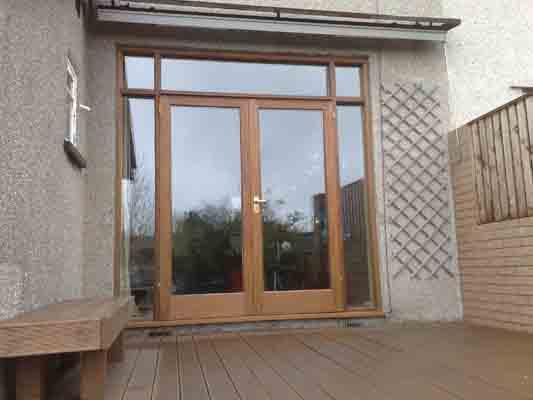 Toronto doors windows company sells installs patio doors for Patio doors with side windows